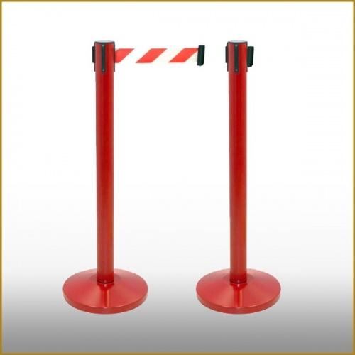 Poste Separador Rojo con Cinta Extensible Blanca/Roja. (Pack de 2 Unidades)